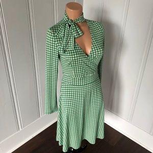 BCBGmaxazria Houndstooth Tie Neck Retro Dress XS